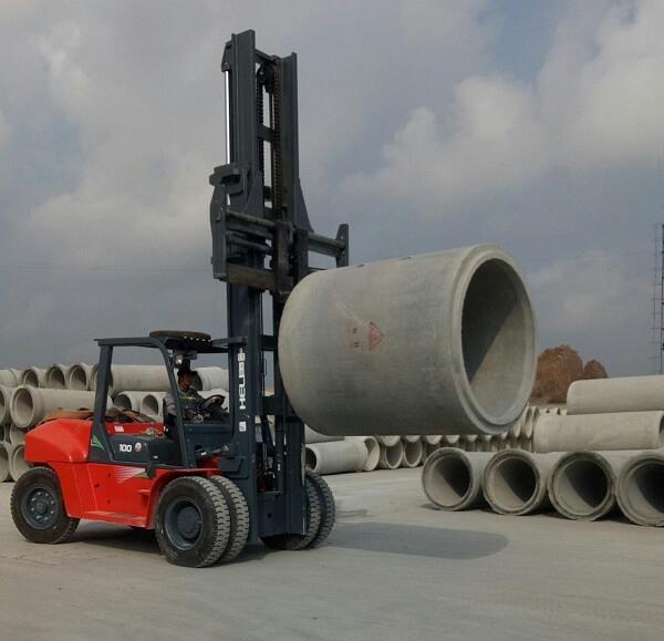 xe nâng bê tông 10 tấn heli