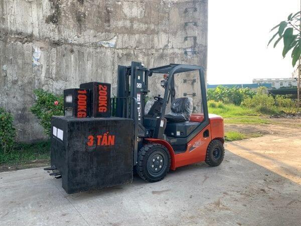 Xe nâng dầu 1-46 tấn